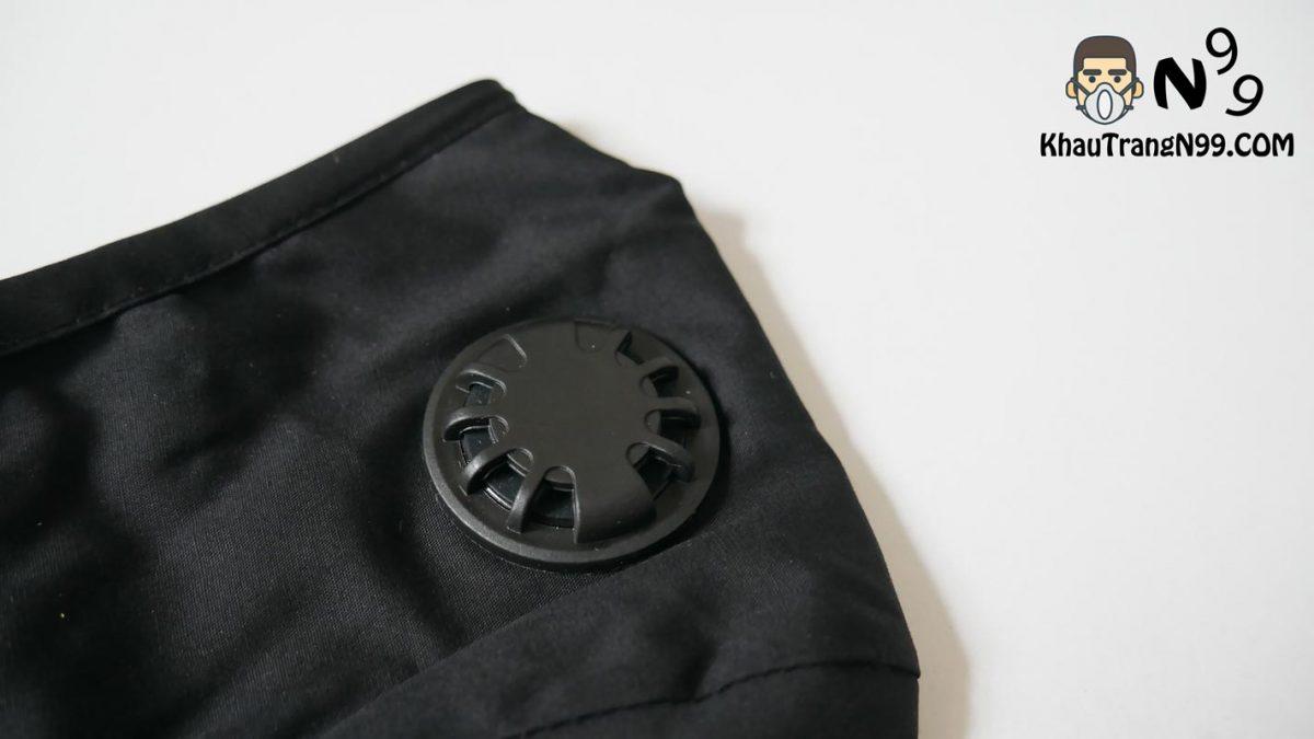 Khẩu trang chống bụi Air Pollution Mask - Black van thở