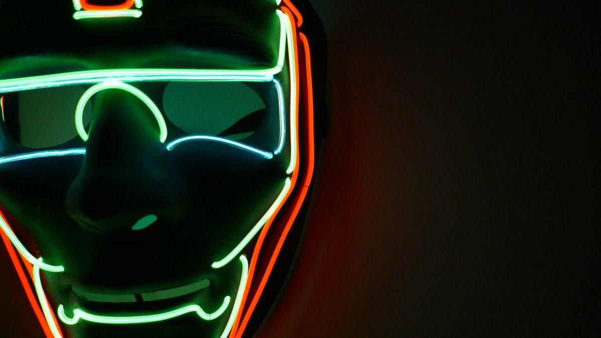 Mặt nạ led dùng cho party Iron Man - mặt bên