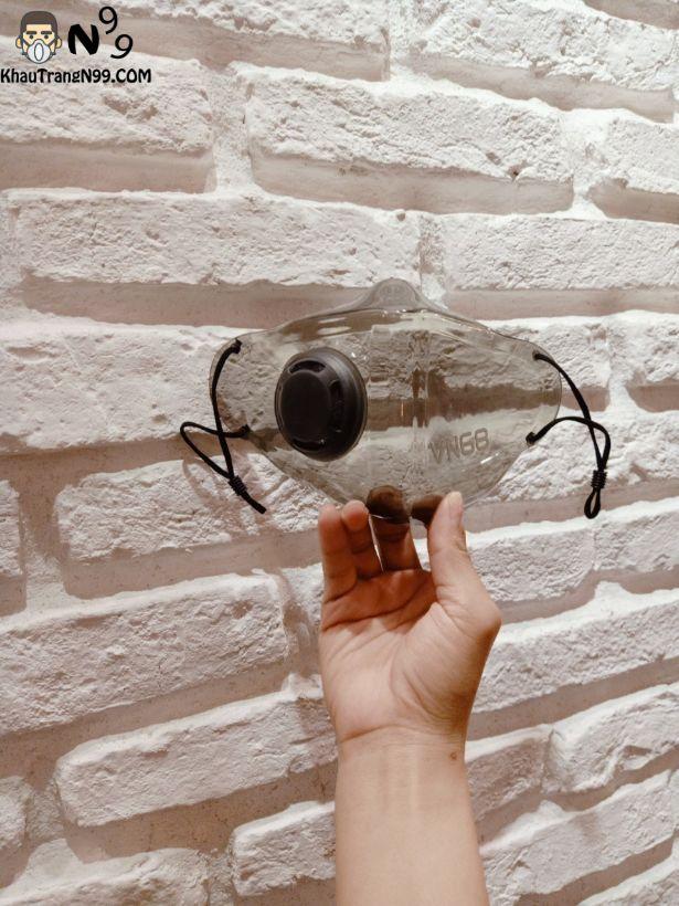 khẩu trang nhựa màu đen khói