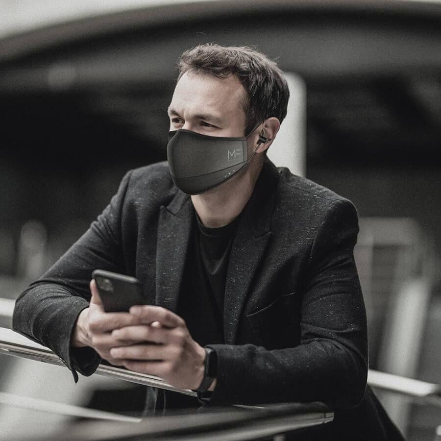 Khẩu trang thông minh Binatone MaskFone - Nghe điện thoại, nghe nhạc vi vu, ...