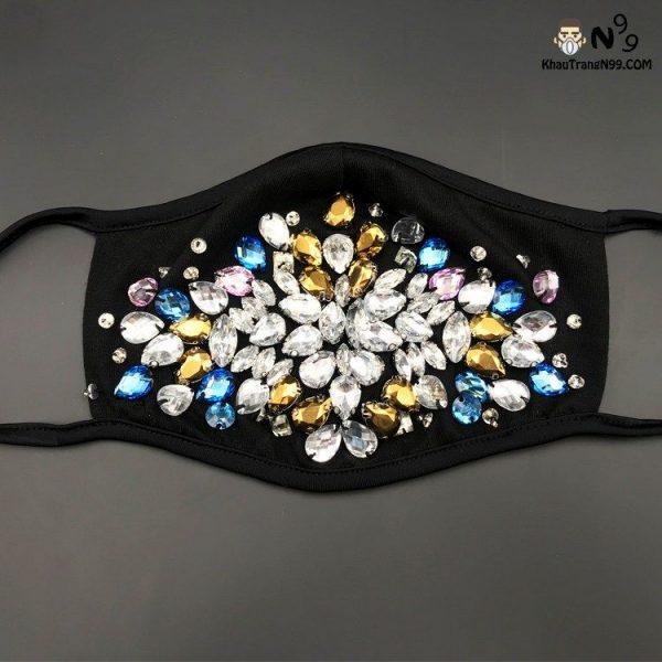 khẩu trang đính đá, ngọc trai, kim cương cao cấp hand made thủ công (18)